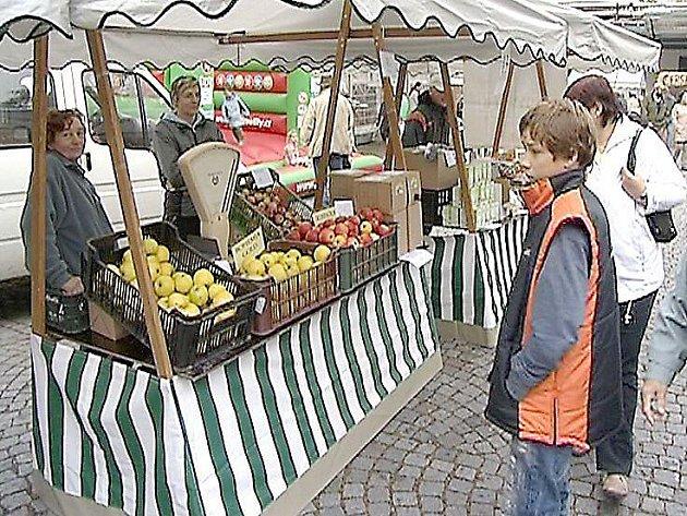 Selské trhy jsou u veřejnosti stále oblíbenější.
