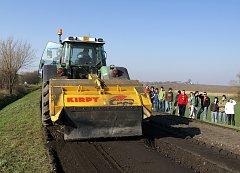 Práce na silnici I/17 mezi Chrudimí a Hrochovým Týncem jsou v plném proudu,