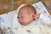 MATYÁŠ NĚMEC (3,44 kg a 52 cm) je od 11.8. od 22:44 jméno prvního miminka Sandry a Tadeáše Němcových z Chrasti.