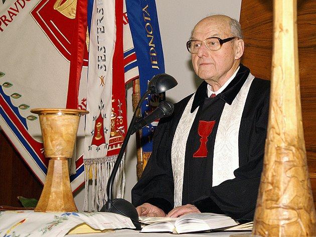 Farář Zdeněk Lulek.