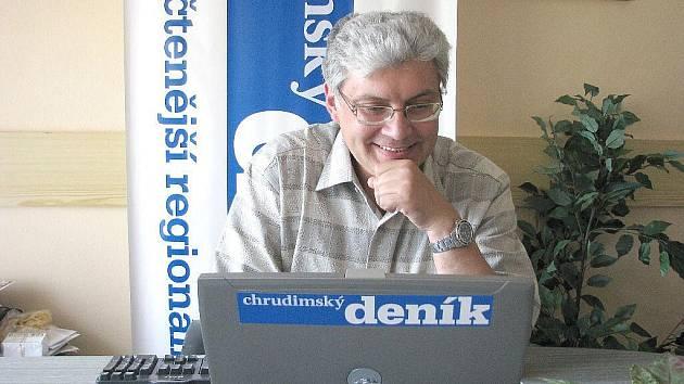 Hostem on-line rozhovoru Chrudimského deníku byl plastický chirurg Robert Remeš.