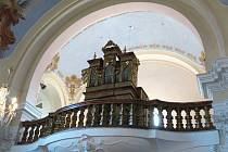 Varhany v kostele sv. Michaela archanděla v Krouně.