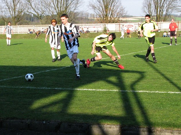 Z fotbalového utkání I. A třídy Žamberk - SK Chrudim 4:0.