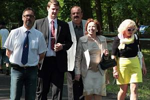 Mezi čestnými hosty nechyběla ani manželka bývalého prezidenta Livie Klausová.