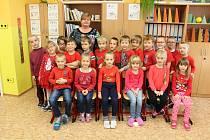 Prvňáčci ze Základní školy Prosetín, které vede paní učitelka Dana Hrníčková.