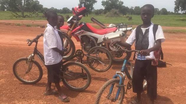 Věnujte kola Afričanům