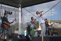 Hudební festival Čwachták fest na koupališti v Třemošnici.