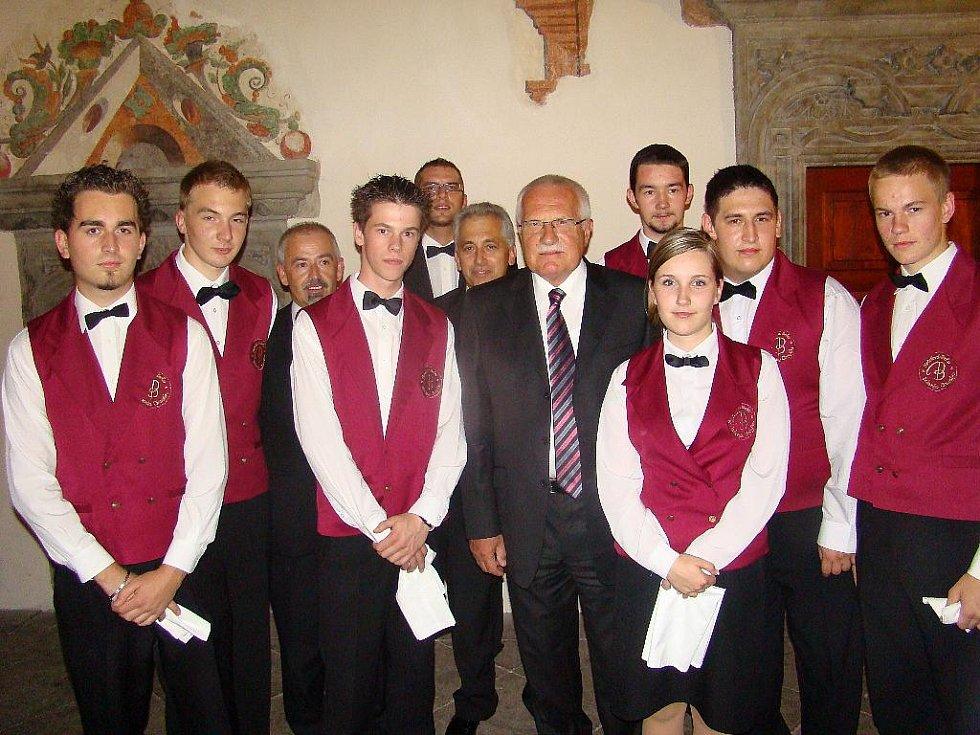 Z návštěvy prezidentského páru na Chrudimsku.