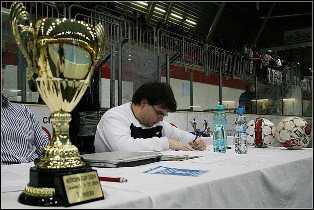 Zimní stadion v Chrudimi byl po oba víkendové dny dějištěm I. ročníku mezinárodního turnaje ve futsalu Mitropa Cup za účasti čtyř středoevropských celků. Prvenství vybojoval Era–Pack Chrudim.