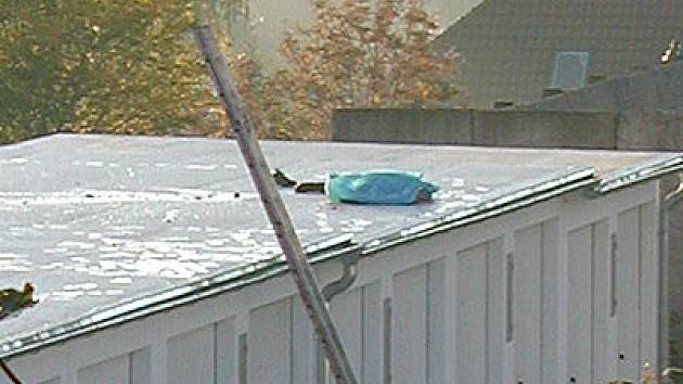 Hlinecký sebevrah skočil z 110 metrů vysokého komínu.
