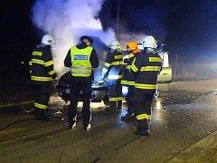Požár auta v Běstvině