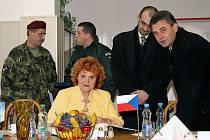 """S ŘEŠENÍM situace kolem """"Depa"""" nehnula ani loňská návštěva ministryně Vlasty Parkanové."""