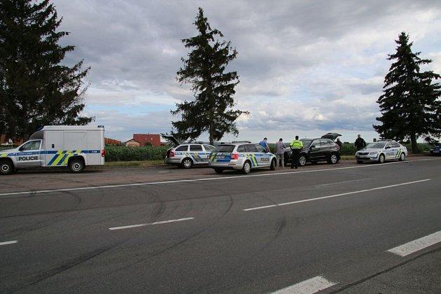 Řidič BMW zkoušel policistům ujet.