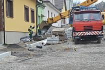 Rekonstrukce náměstí Nasavrky.