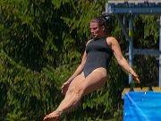 V Srní se skákalo vody, paddleboardovalo a balancovalo nad hladinou na pružném popruhu.
