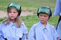 V rámci dětského tábora ve Svratouchu si táborníci vyzkoušeli úlohy kadetů v policejní akademii inspirované stejnojmennou serií známých amerických komedií.