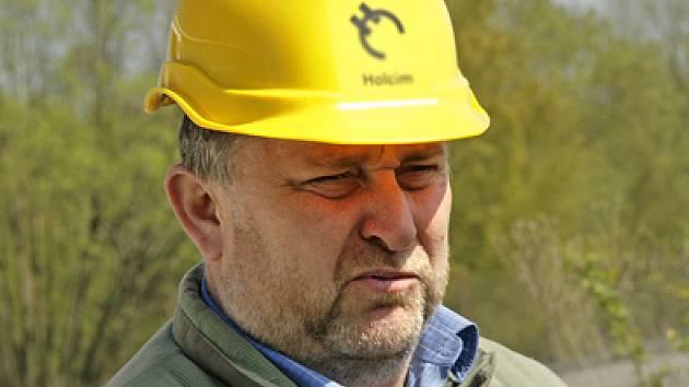 Tváří týdne je Závodní prachovického lomu Josef Veselý .