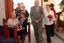 Manželé Blanka a Zdeněk Janáčkovi z Třemošnice obnovili po padesáti letech svůj manželský slib.