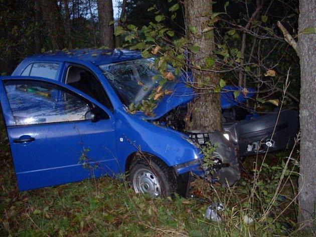 """Klikatý """"sešup"""" ze Seče do Třemošnice na Chrudimsku se stal osudným 56letému řidiči fabie."""