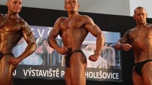 Hasič Milan Hodek z Chrudimi vybojoval na 2. ročníku Grand Prix časopisu Svět kulturistiky v Praze 5. místo.