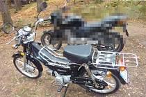 Odcizený moped značky Kentoya Rich, Twin Cup měl registrační značku 7A62310.