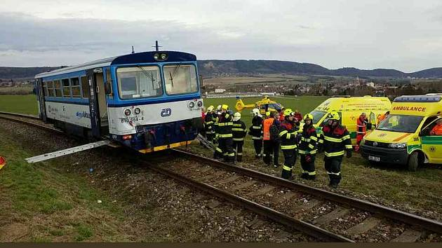 U Ronova se srazily vlaky