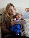 KUBÍČEK ŠVADLENKA (3,71 kg a 49 cm) se narodil 21. 3. Michaele a Jakubu Švadlenkovým z Kovářova.
