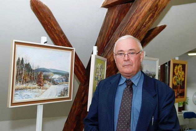 Z vernisáže výstavy obrazů a plastik výtvarníka Pavla Petráně.