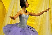 """Jedenáctiletá Kateřina Mensová z tanečního oddělení """"zušky"""" úspěšně složila přijímací talentové zkoušky na Taneční konzervatoř"""