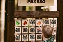Součástí stezky v Hlinsku je i pexeso.