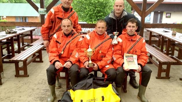 Chrudimští hasiči zvítězili. Velitelem byl Milan Hodek, kapitán lodě Jan Štěrba a členové posádky: Ondra Kout, Jan Zindulka a Miloš Kratochvíl.
