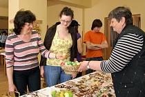 Ve Společenském domě byla od čtvrtka do soboty velikonoční výstava, kterou uspořádaly členky místní organizace svazu diabetiků.