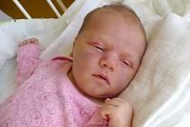 VIKTORIE DOUDĚROVÁ (3,55 kg a 51 cm) udělala 22.3. v 10:12 svými mírami radost nejen rodičům Kateřině a Davidovi z Pardubic, ale i 3letému bráškovi Alexovi.