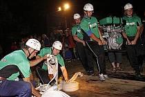 Do Dědové se sjela obrovská konkurence, část týmů soutěžila dokonce v sobotu již podruhé.