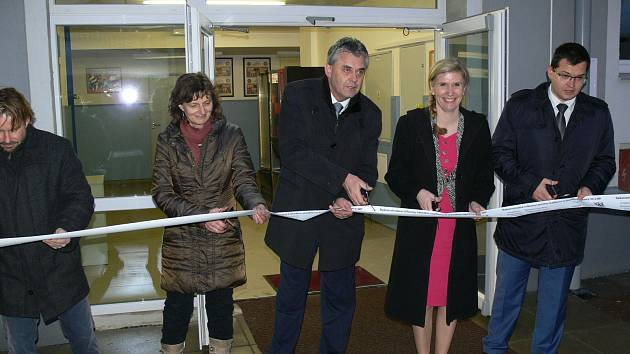 Ministrině školství Kateřina Valachová se zúčastnila otevření rekonstruované tribuny Letního stadionu.