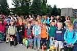 První den školy se nesl ve slavnostním duchu i na Základní škole v Nasavrkách, kde nejen prvňáčky uvítal mimo jiné i starosta Milan Chvojka.