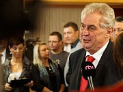 Historicky první přímou volbu prezidenta si nenechali ujít ani voliči ve Slatiňanech.