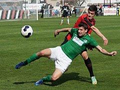 MFK Chrudim - Chomutov 1:0. Fotbalisté MFK podali v dalším kole ČFL velmi dobrý výkon a před vlastními fanoušky zaslouženě získali všechny body.