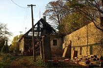 Několik let hájenka chátrala, protože nebyla trvale obydlena.  To se změní. Po rekonstrukci se do chráněného bydlení nastěhují klienti Domova na zámku.