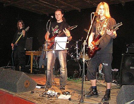 Hlinecká kapela Blue Fire.