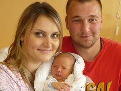 MATHIAS JOSEF MARVAN (3,47 kg a 52 cm) – tak pojmenovali 30.9. ve14:26 svého prvorozeného syna Romana Cabalková a Tomáš Marvan zChroustovic.