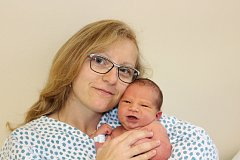 David Netolický (3,78 kg a 53 cm) přibyl 9. 11. v 15:02 do rodiny Lenky a Mirka z Hlinska a jejich Markéty (19) a Michala (15).