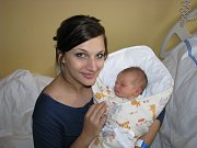 EMA KVASNIČKOVÁ. Z prvorozené dcery se radují Lucka a Luboš ze Zaječic. Na svět vykoukla 29.11. v 19:28 s váhou 3,35 kg a mírou 51 cm.