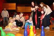 Skutečští skauti zorganizovali ples a dětský karneval.