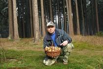 """Hlinecký mykolog Jiří """"Kudláček"""" Laštůvka"""