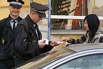 Strážníci kontrolovali především parkování v centru.