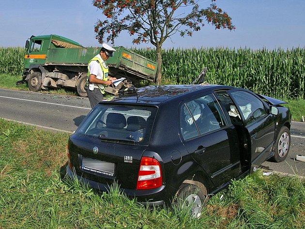Smrtelná nehoda u Kovářova v červenci 2007