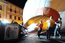 Nebe nad Chrudimí brázdily o víkendu horkovzdušné balony.