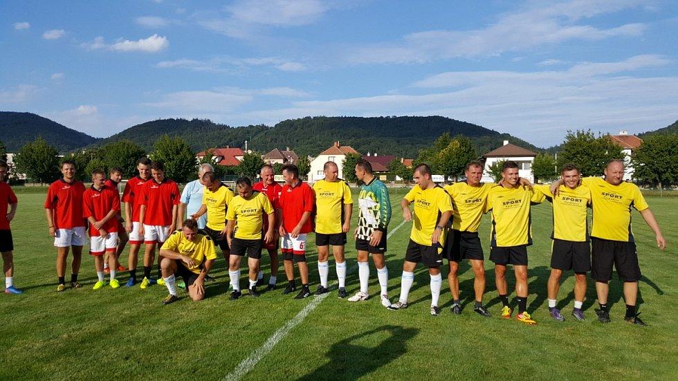 Jiří Kajínek hraje fotbal v Třemošnici