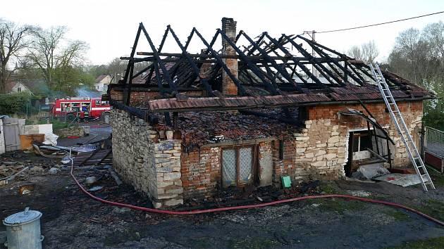 Požár domu v Podlažicích